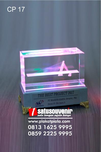 jual plakat kristal, kristal 3d, kristal laser berkualitas