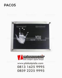 Produk Akrilik Poster Dinding