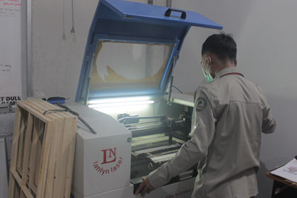mesin lanlyn laser min