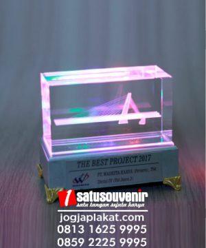 Plakat Kristal 3D Jembatan Klodran Ngawi Project PT Waskita Karya