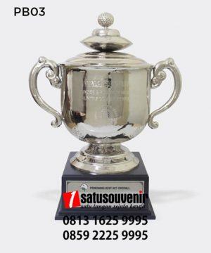 PB03 Piala Bergilir Founder dan Platinum Member Komunitas Golfer Senior BRI