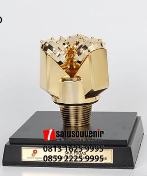 SM90 Souvenir Miniatur Drilling SKK Migas