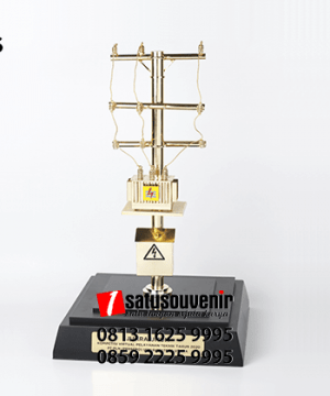 SM96 Souvenir Miniatur Tower PLN UIW Sumatera Selatan