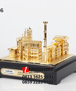 SM106 Souvenir Miniatur Pabrik Molindo