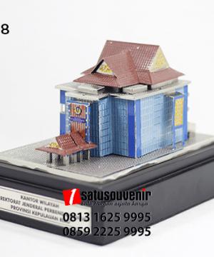 SM108 Souvenir Miniatur Gedung Direktorat Jenderal Perbendaharaan Kepulauan Riau