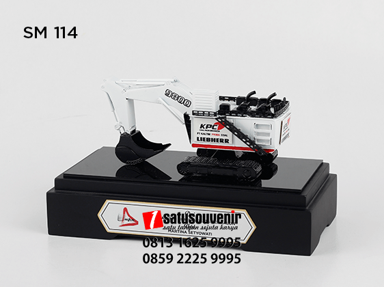 SM114 Souvenir Miniatur Excavator Liebherr 9800 KPC