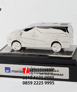 SM117 Souvenir Miniatur Mobil Alphard Axa Mandiri