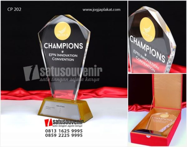 PA 202 Plakat Akrilik Trophy Champions Of EPN Innovation Convention